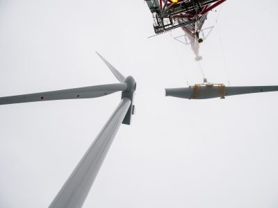 Turbine blade installation